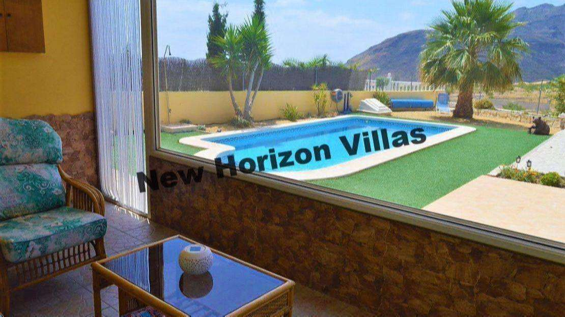 VILLA IN ARBOLEAS AREA