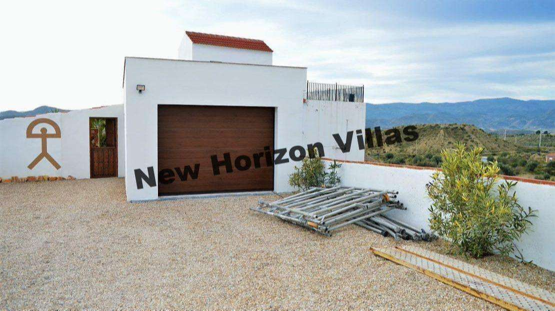 VILLA IN ALBOX AREA