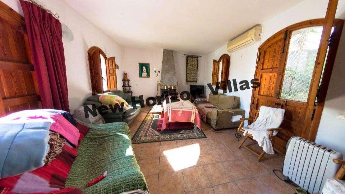 House in Lubrín Area
